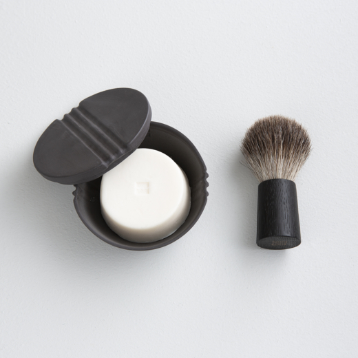 Fitjar Islands Shaving Soap Bowl x Rita Lysebo Egren + Badger Shaving Brush x Olav Eldøy | Anthracite + Black Oak